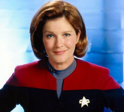 Image of Kathryn Janeway in Star fleet uniform.
