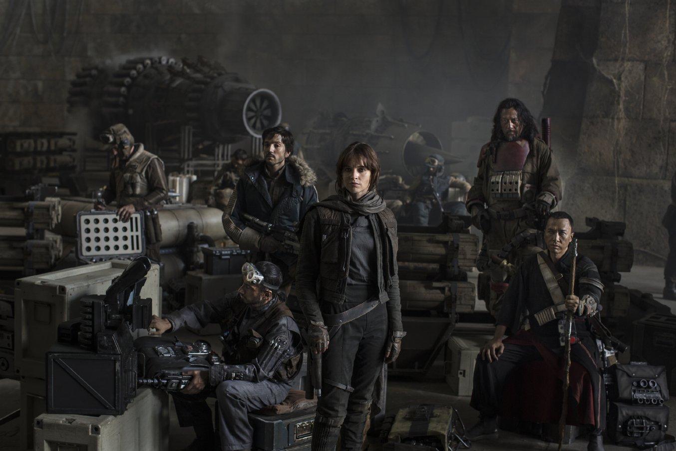 <em> Star Wars VIII Gets Delayed </em>