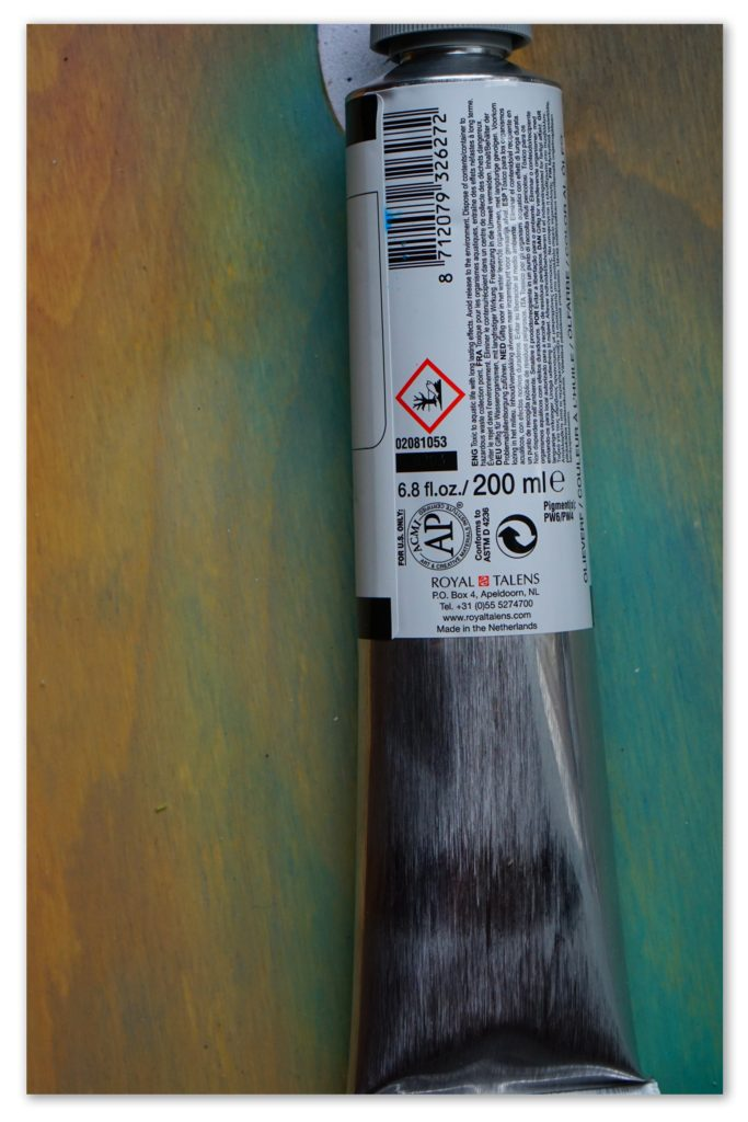 Image of the backside of a tube of Titanium White van Gogh oil paint