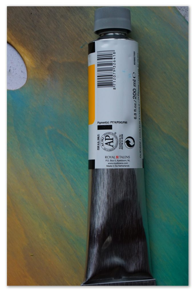 Image of the backside of a tube of Azo Yellow Deep van Gogh oil paint