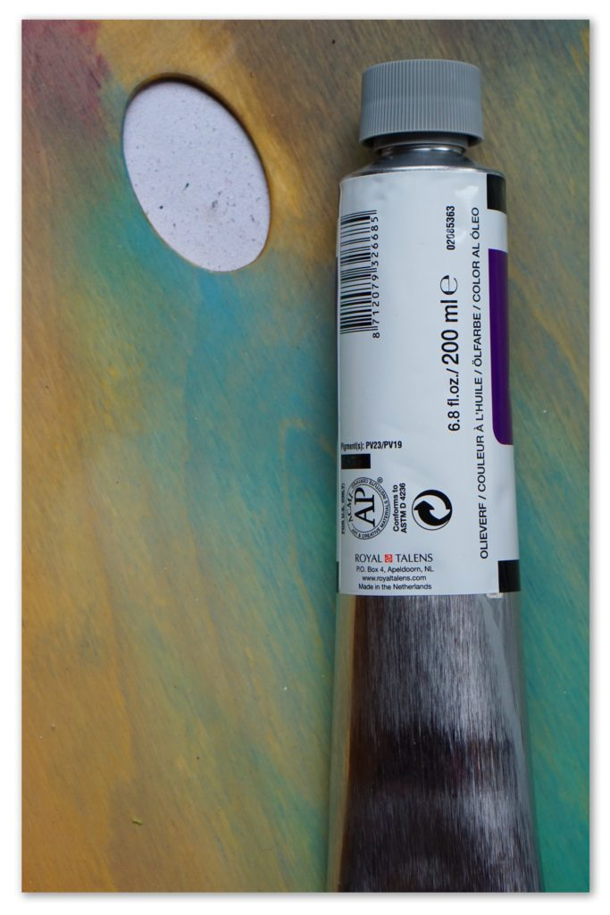 Image of the backside of a tube of Violet van Gogh oil paint